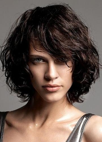 Potongan Rambut Untuk Rambut Ikal