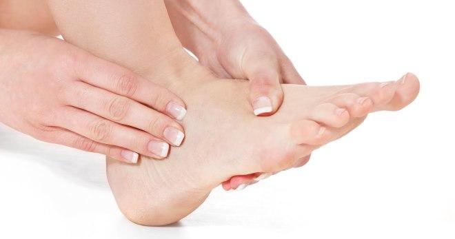 Lomljenje metatarzalne kosti stopala - simptomi, lečenje, rehabilitacija  nakon preloma metatarzalnih kostiju stopala